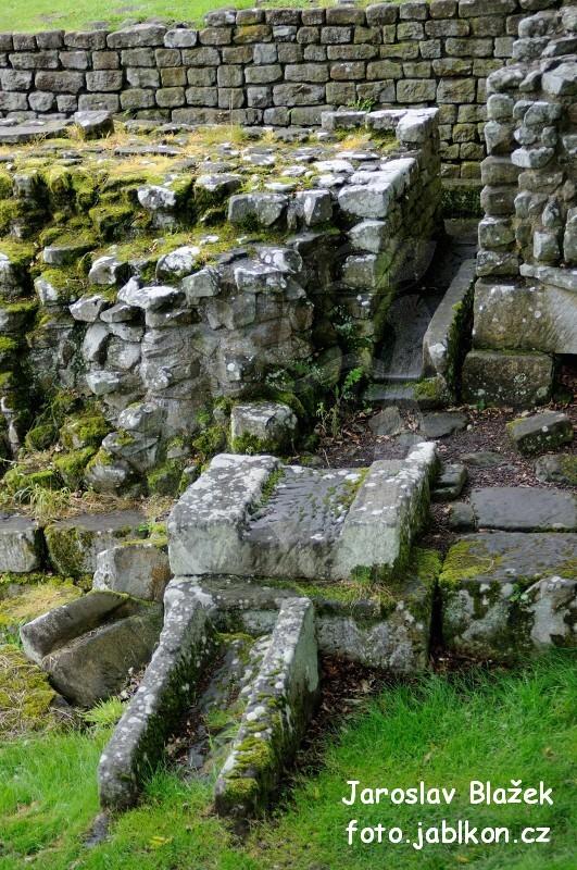 Hadriánův val v Chesters
